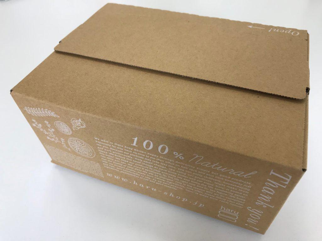 黒髪スカルプ・プロはオシャレな箱に入って届きます